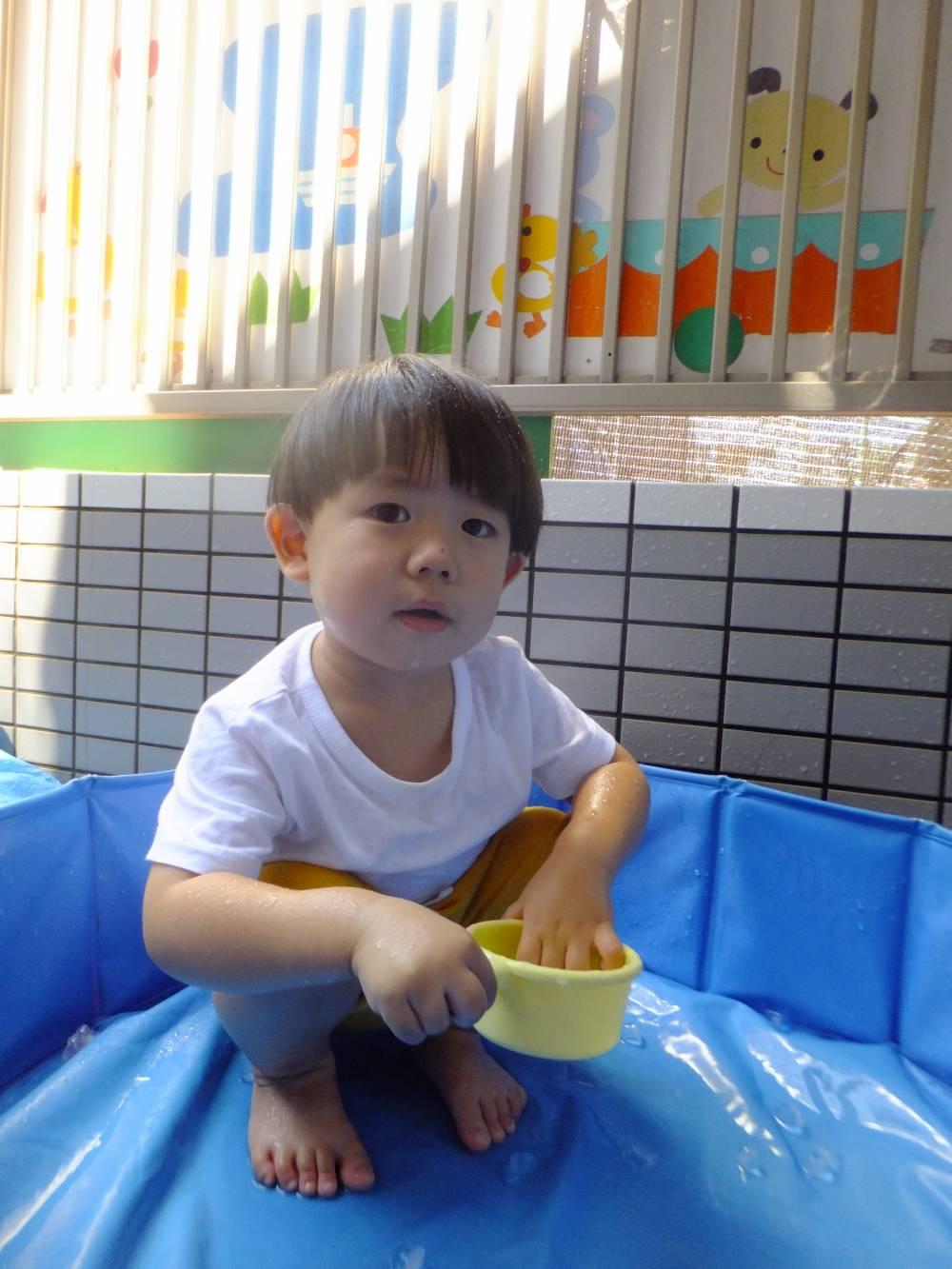 たんぽぽ組🌼氷遊び